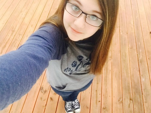 selfie of girl wearing glasses